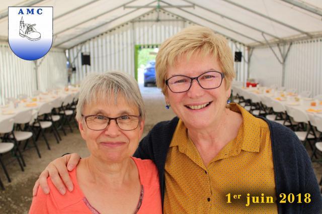 Claudette et Alison , nos animatrices Marche Nordique.